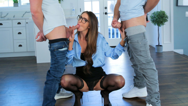 Lauren Phillips, Lulu Chu - You Cant Fight Naked