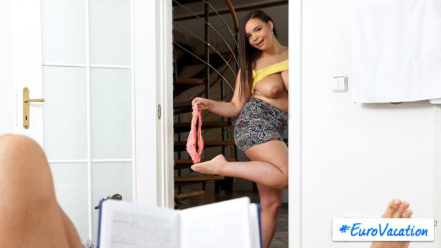 Sofia Lee - Step Sis Wont Quit